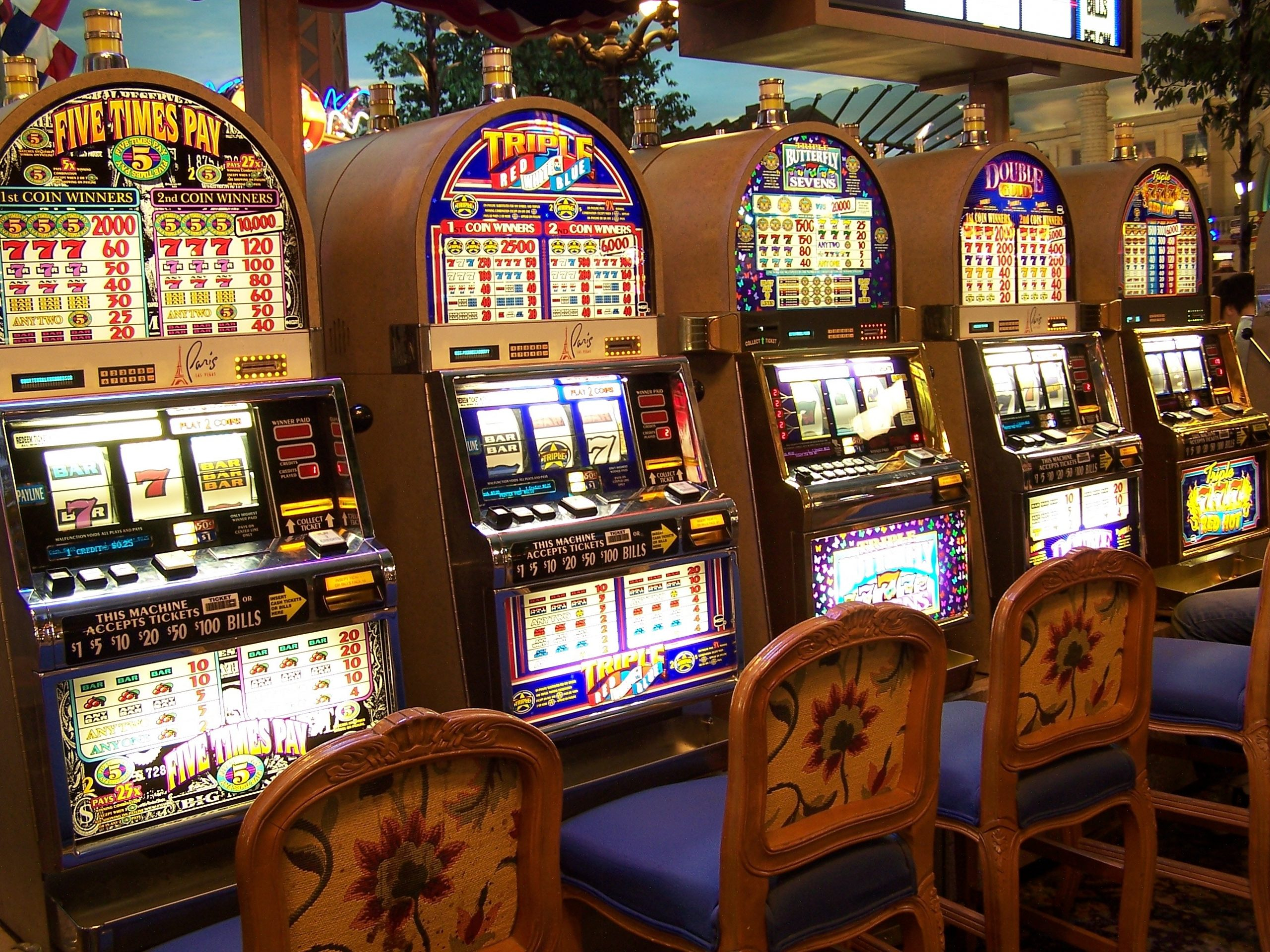 How to Open a Casino Account and Make Money Playing Online